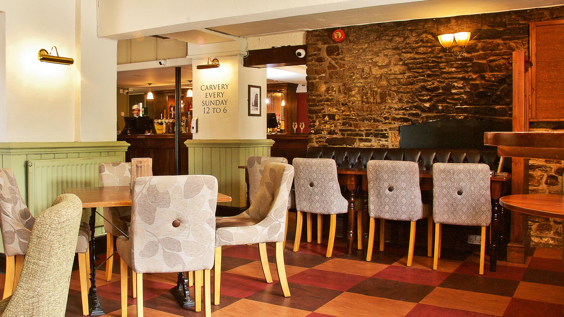 The Griffin Warmley Table Area